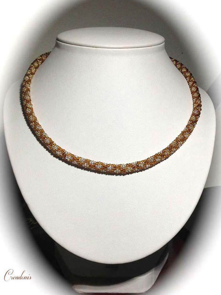 Collier spirale au crochet dans Colliers spirale