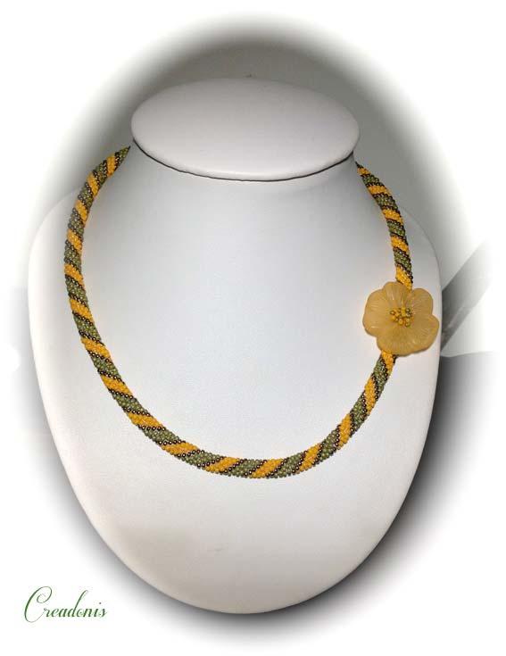 Collier spirale au crochet dans Colliers spirale-au-crochet