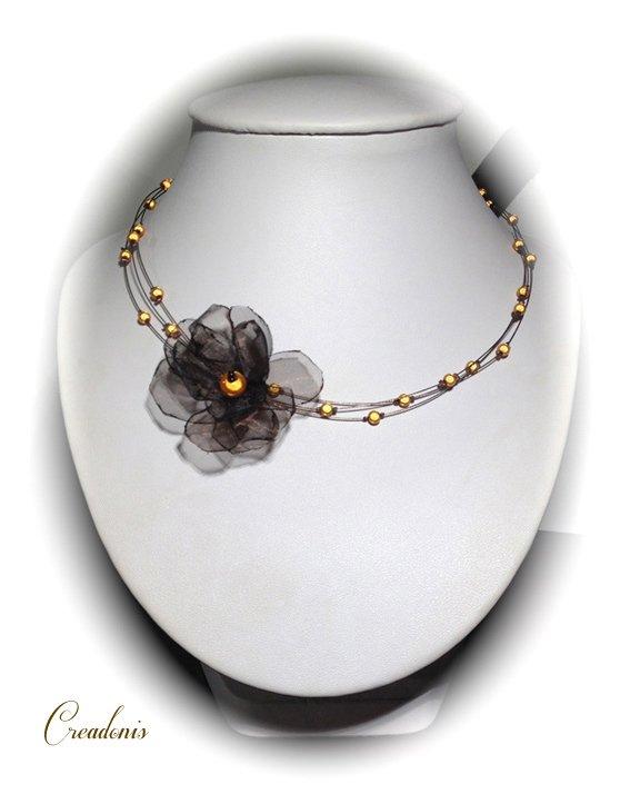 collier lya
