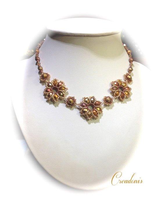 collier-flower