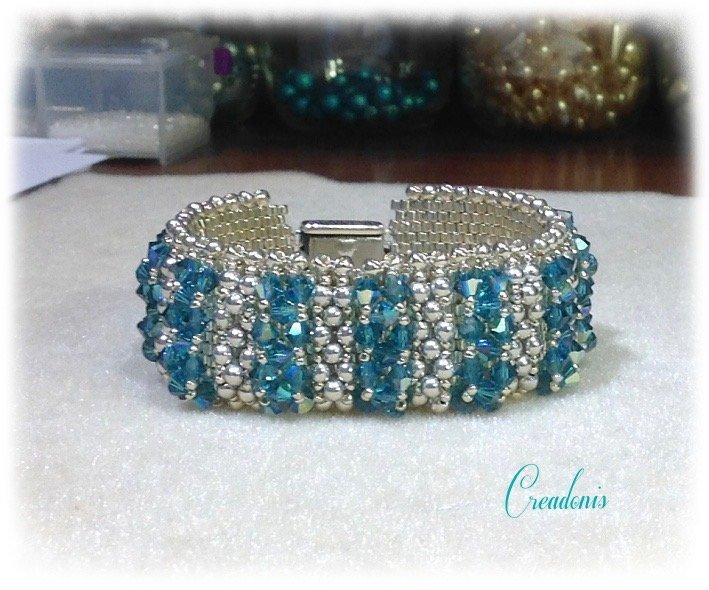Crystal bracelet peyote