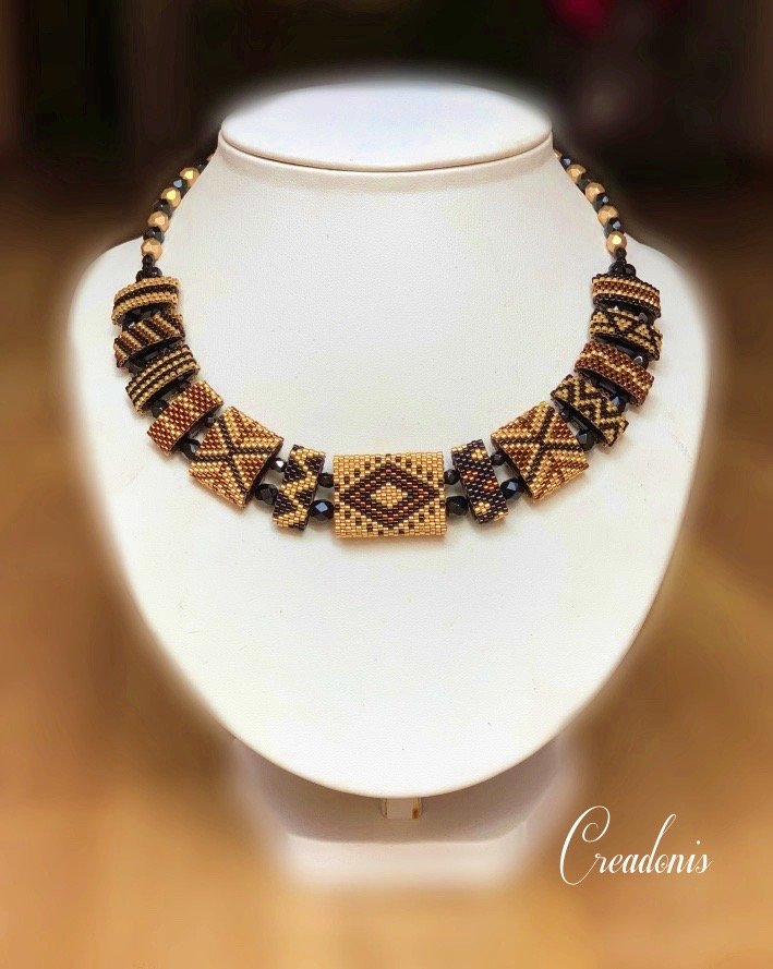 collier carrier beads